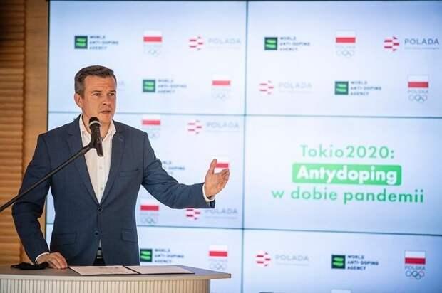 Президент ВАДА расстроен, что россиянам разрешили выступать наОлимпиаде вцветах флага России