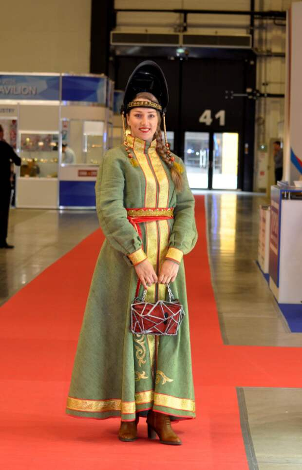 Weld Queen - королева сварки Александра Ивлева