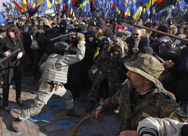 Украинское государство должно предоставлять амнистию боевикам «АТО» и «ООС», которые, вернувшись с Донбасса, совершают...