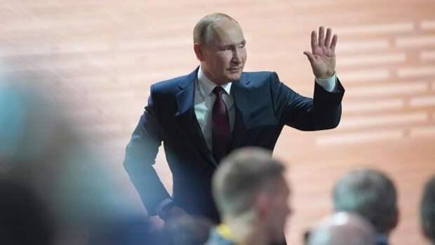В сентябре Россия получит нового президента: политолог сделал громкое заявление