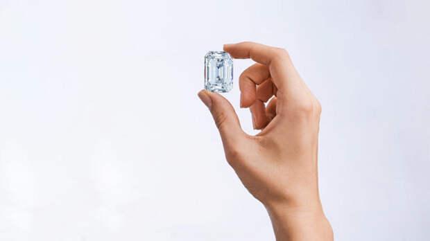 На Christie's выставят крупнейший бриллиант российской огранки