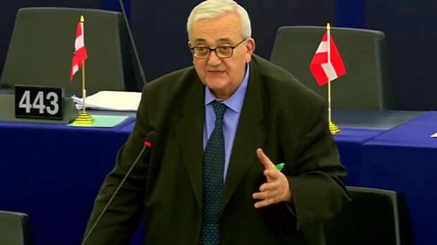 Заседание явно пошло не по плану: депутаты Европарламента массово требуют наладить отношения с Москвой