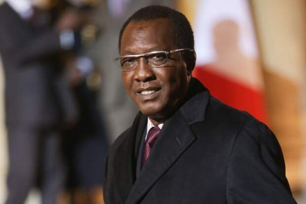 Избранный на шестой срок президент Чада погиб от ран, полученных в бою