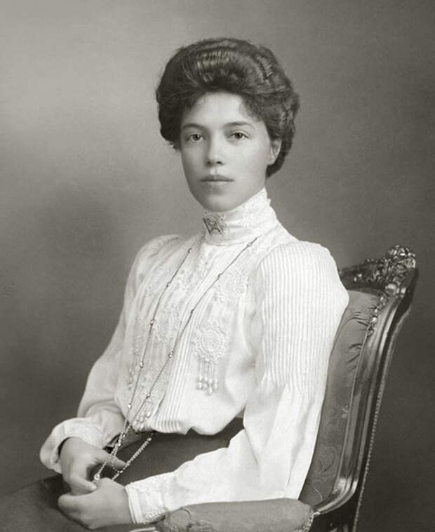 Портрет Ольги Александровны, сделанный до 1917 года. / Фото: Wikimedia Commons