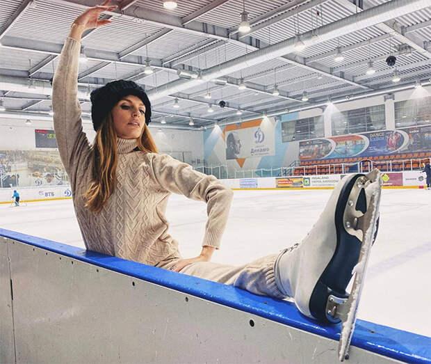 Операция Ы, или Как заняться спортом после Нового года: ленивая зарядка от Утяшевой, романтичная йога от Глюкозы и другое