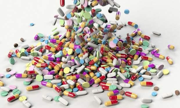 Правительство будет регулировать цены на лекарства и медицинские товары при эпидемиях и ЧС