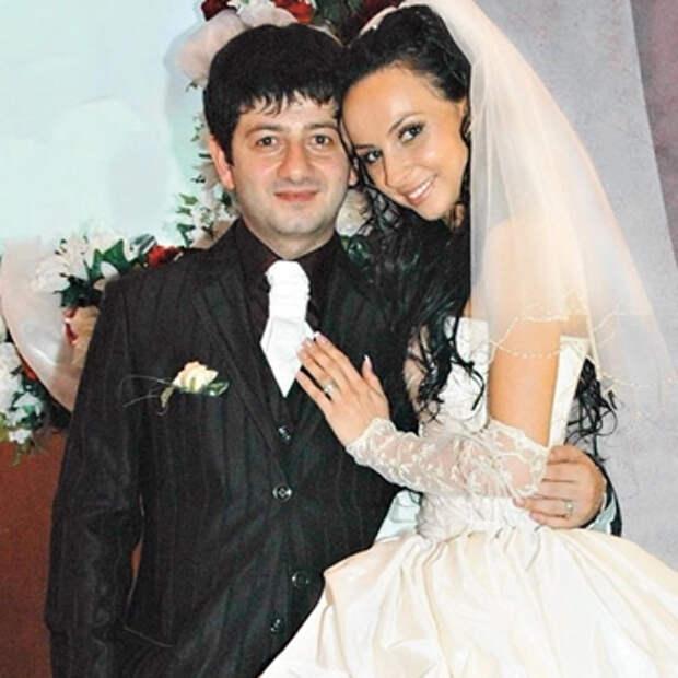 Маленькие, даудаленькие: российские звезды, которые закрутили роман смалолетками
