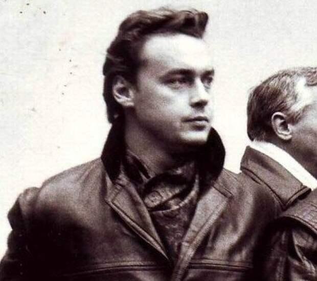 Царственный красавец советского кино Дмитрий Золотухин.