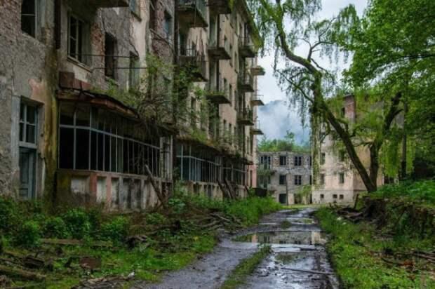 Ткварчели — город во власти природы