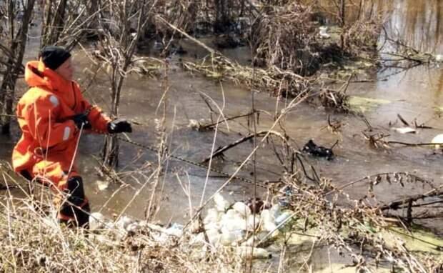 Отставки главы после гибели мальчика в реке требуют жители Оби