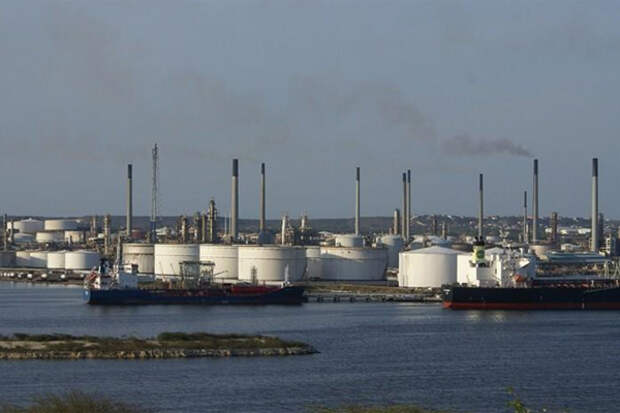Место в нефтехранилищах