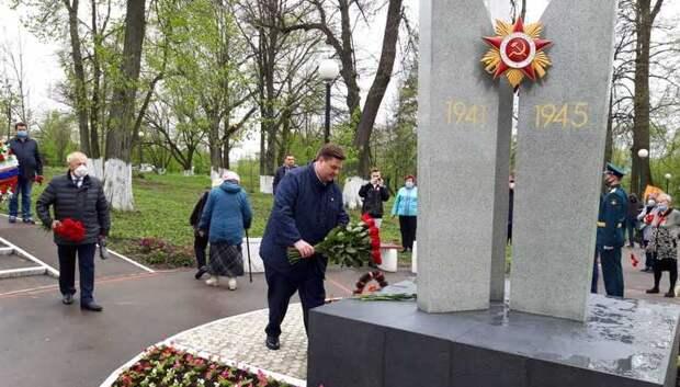 Пестов торжественно открыл памятник воинам‑освободителям в поселке МИС