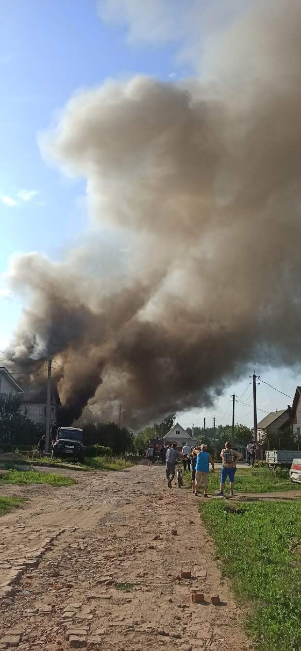 В Можге сгорел дом