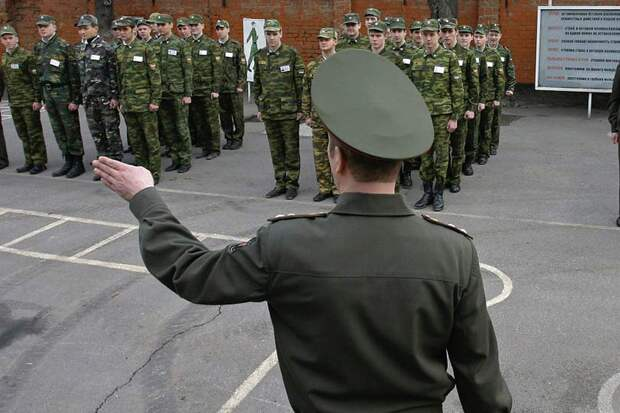 Замполит в армии России