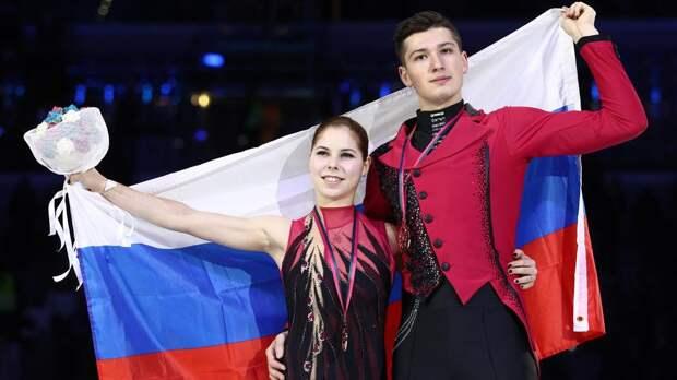 Мишина и Галлямов выиграли произвольную программу на командном ЧМ