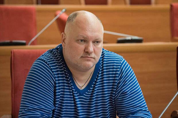 Дмитрий Петровский: «Гламур» надо закрывать за награждение Васильевой