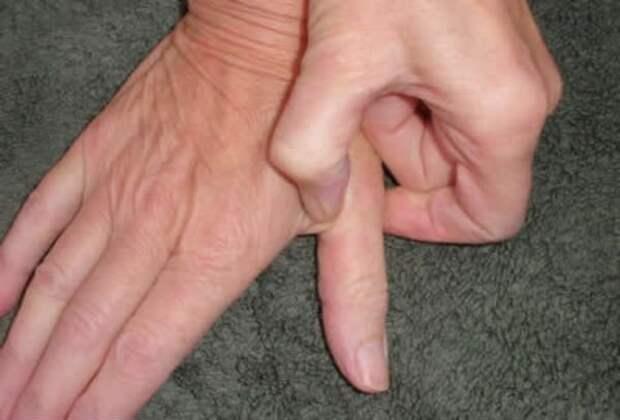 Нажмите эту точку на пальце на 60 секунд...