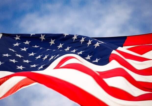 """Сенат США одобрил оборонный бюджет с санкциями против """"Северного потока - 2"""""""