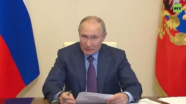 Если бы Путин вакцинировался на камеру...