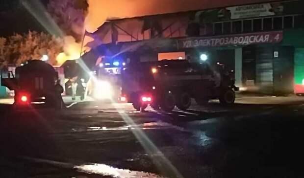 В Башкирии при пожаре в автосервисе произошел взрыв пропанового баллона
