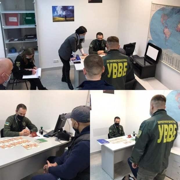 Россиянин пытался за 75 тыс. руб. подкупить пограничников, чтобы попасть в Украину (фото)