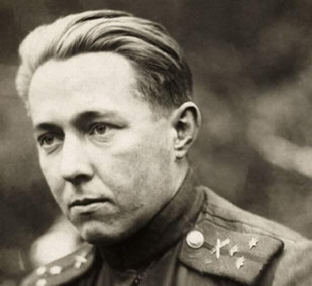 За что СМЕРШ во время войны арестовал капитана Солженицына