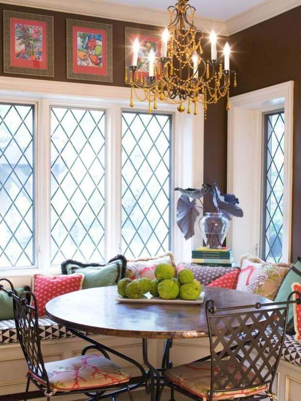 Используем стену у окна или двери (26 примеров)