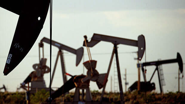 Цена нефти WTI поднялась выше 25 долларов