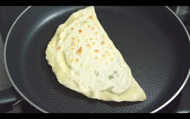 Домашние Кутабы с зеленью. Азербайджанская кухня! Рецепт, Видео рецепт, Пасха, Еда, Веганы, Я гурман, Видео, Длиннопост