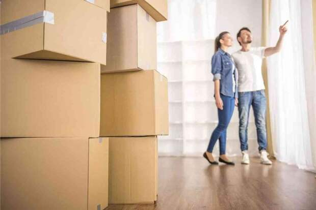 26-летняя племянница-сирота продает добрачную квартиру, чтобы вложить деньги в общую с мужем
