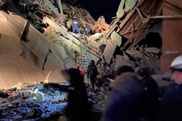 """На фабрике """"Норникеля"""" обрушилось здание пункта перегрузки руды"""