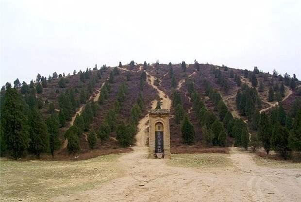 Секретные китайские пирамиды