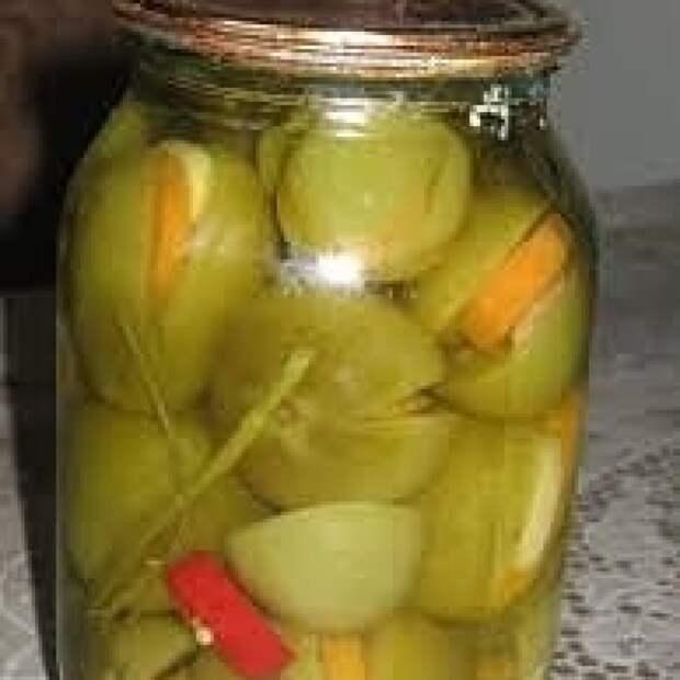 Рецепт приготовления и консервации помидоров, фаршированных овощами.