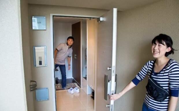 Почему жители Японии никого не зовут к себе в гости? Взгляните, как в этой стране живет обычный средний класс (47 фото)