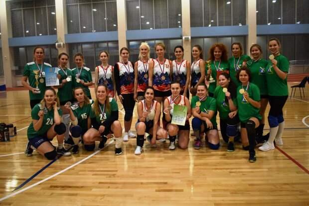 Команда Левобережного стала чемпионом окружных соревнований по волейболу