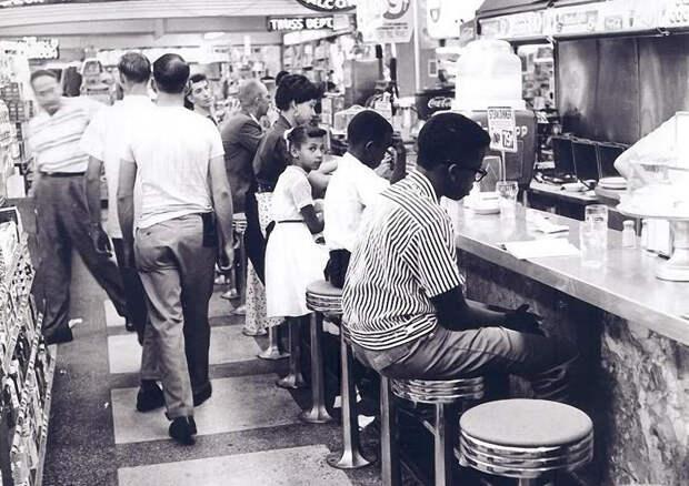 3 исторических факта о том, как всего 4 афроамериканца смогли повлиять на запрет расовой дискриминации в Америке