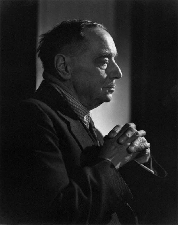 Herbert George Wells by Yousuf Karsh
