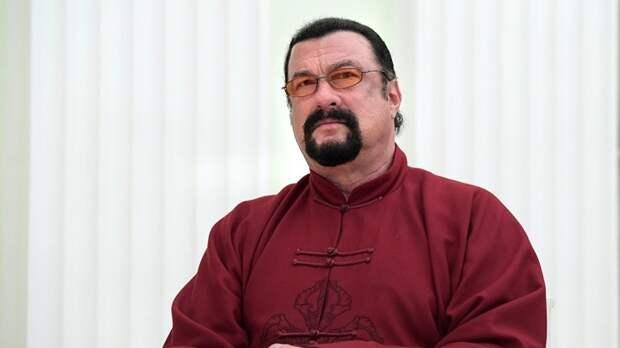Стивен Сигал заявил о желании стать губернатором Приморского края