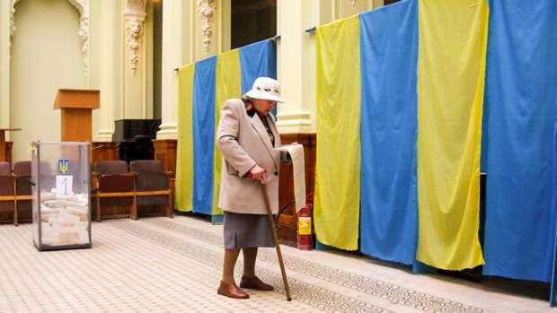 СЕ ищет специалистов для мониторинга СМИ во время выборов на Украине