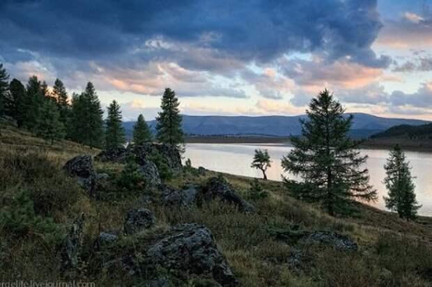 Озеро Узункёль. Фото с сайта администрации Улаганского района