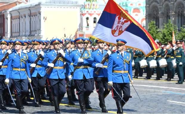 Единственными высокопоставленными гостями парада в Москве из Европы стали сербские лидеры
