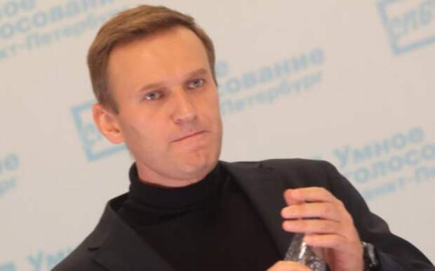 «Лежит как барин»: Бутина оценила жизнь Навального в колонии