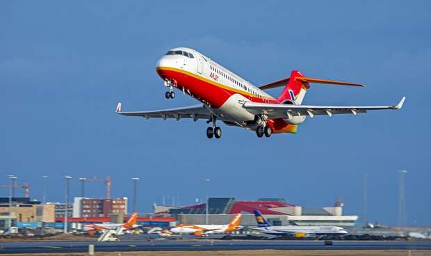 Китай приостановит отправку туристов за пределы страны