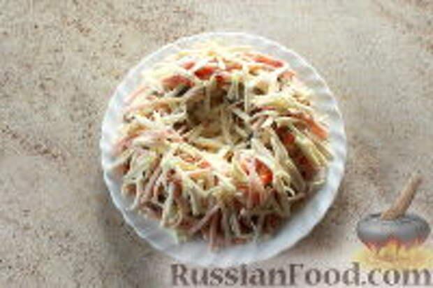 """Фото приготовления рецепта: Салат """"Ласточкино гнездо"""" - шаг №12"""