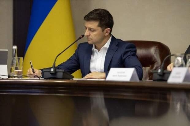 В офисе Зеленского подтвердили увольнение его пресс-секретаря