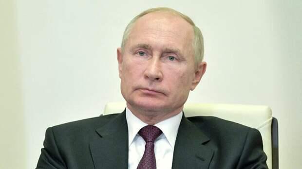 Путин допустил снятие коронавирусных ограничений в конце лета