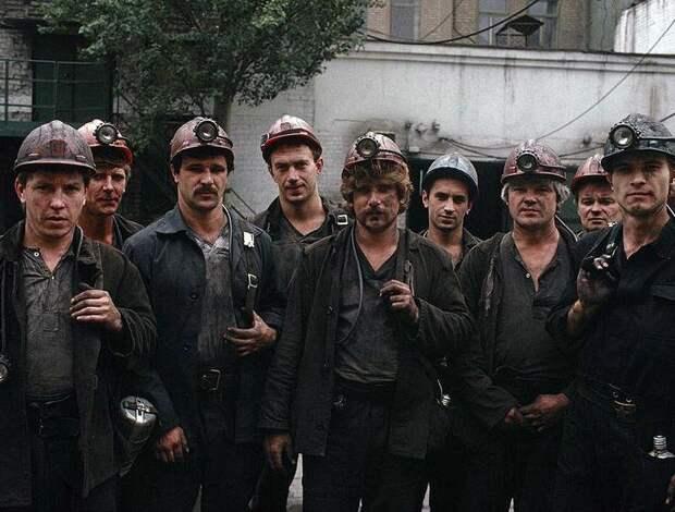 В предчувствии развала СССР: 35 фото Украины 1988 года, сделанных французским фотографом.