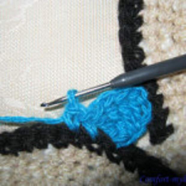 Оригинальный вязаный коврик (4)