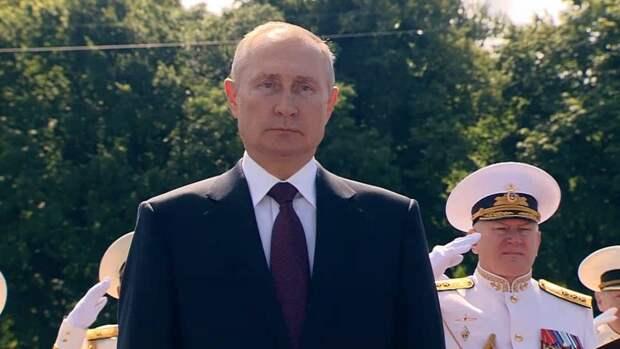 Путин: В 2020 году в состав ВМФ войдут 40 кораблей