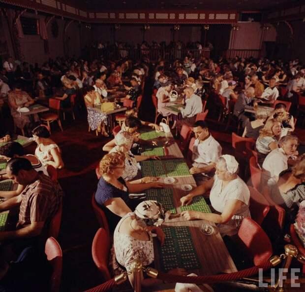 8 неоновых фото Лас-Вегаса 1955 года
